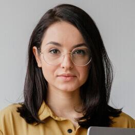 Melanie Lewis